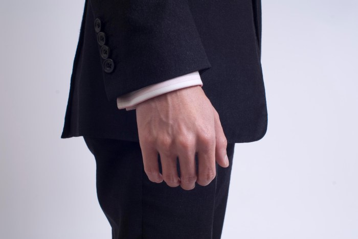 suit shirt cuff