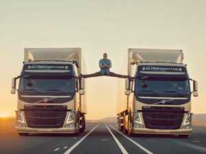 Van Damme doing splits on Volvo