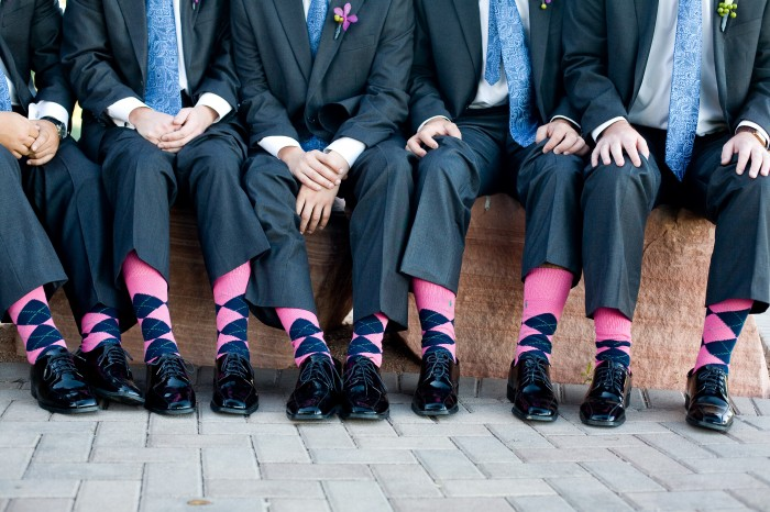 Great pairs of matching socks (blue as the secondary color) matching the color of the ties at this wedding!